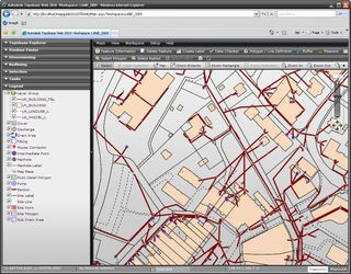 Topobase_2010_web_interface_large_1165x910