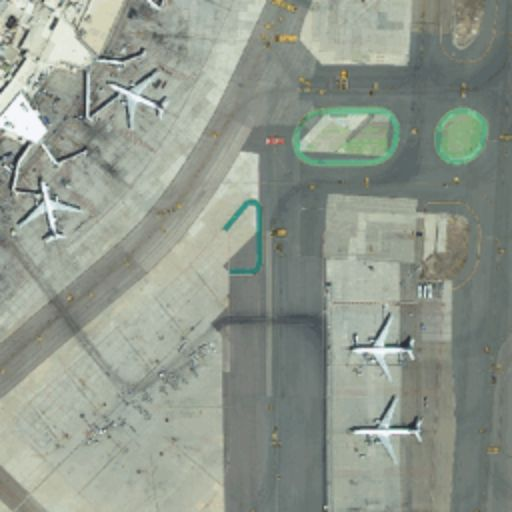 Worldview-3 Madrid airport 24700@2x.png