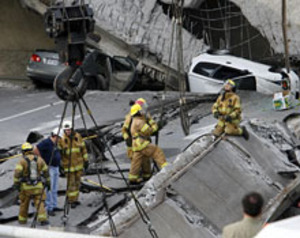 Quebec_overpass_collapse